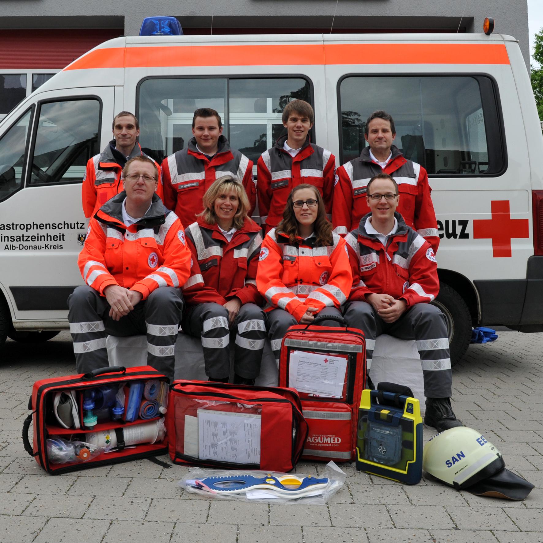 Helfer-vor-Ort mit ihren Einsatzmitteln / Bild: Thomas Heckmann
